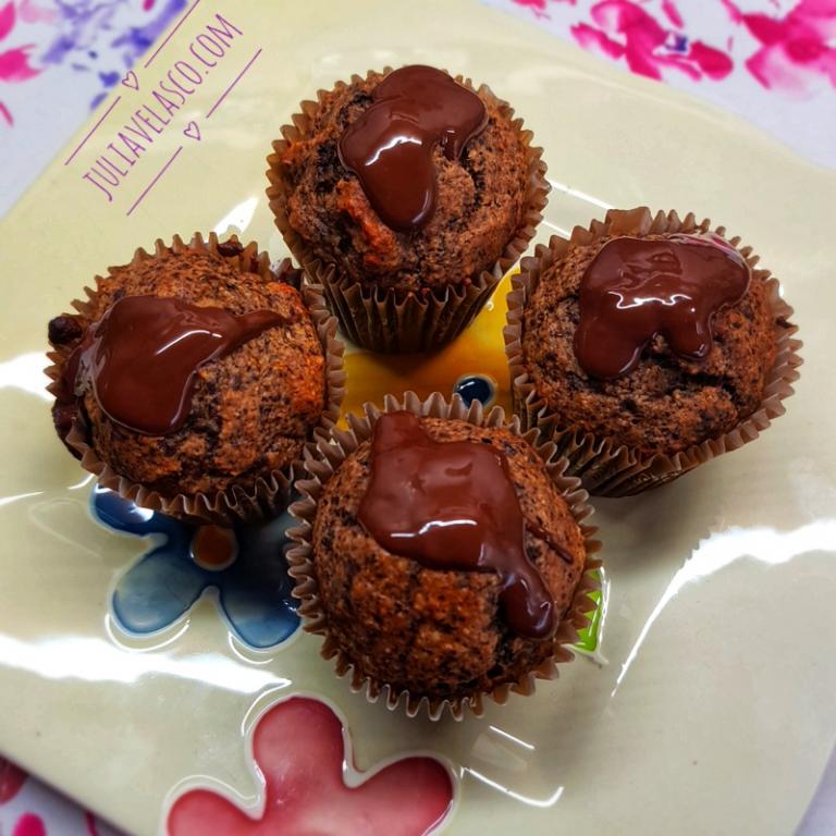 muffins de chocolate, plátano y naranja