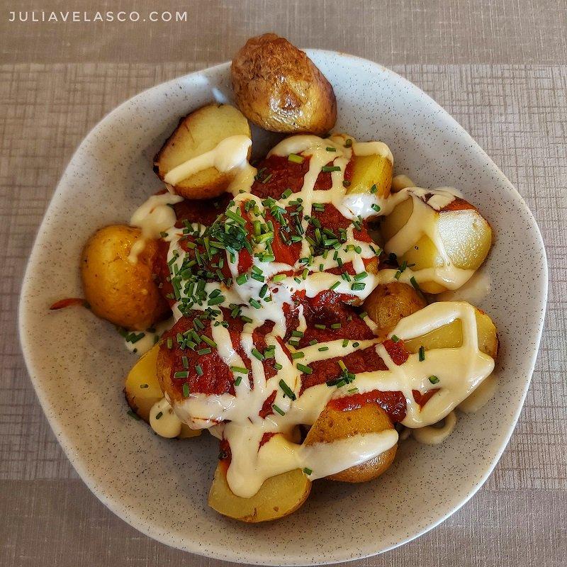 Patatas bravas saludables