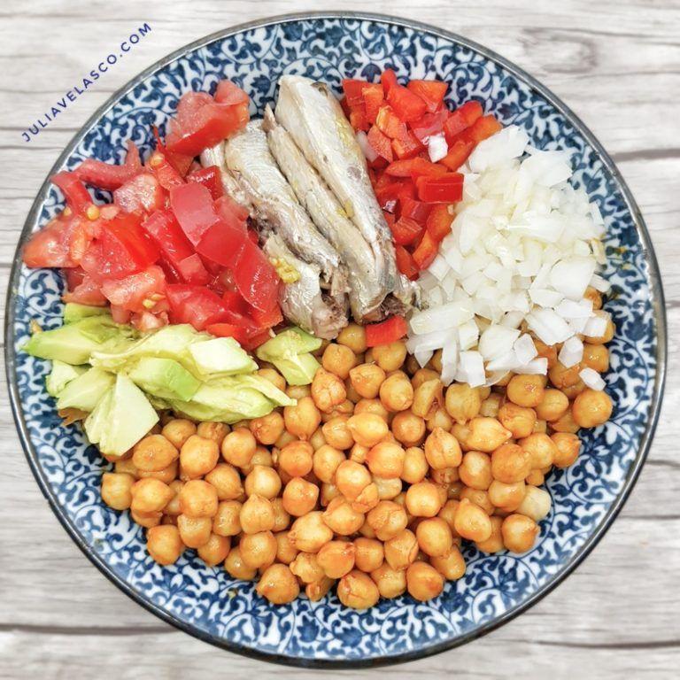 Ensalada de garbanzos con sardinas