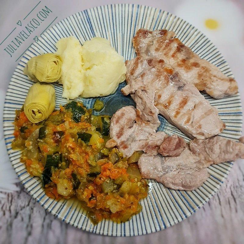 Lomo ibérico con verduras al curry